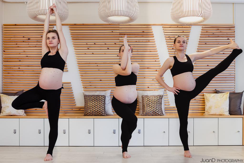sesión de fotos de profesora de yoga embarazada en Barcelona
